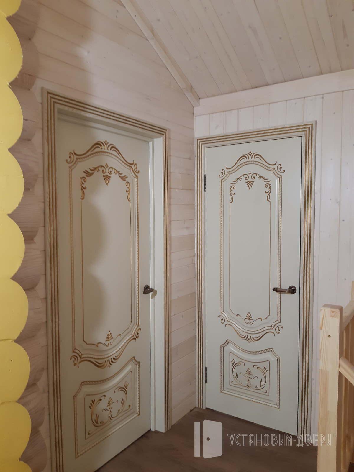 две двери