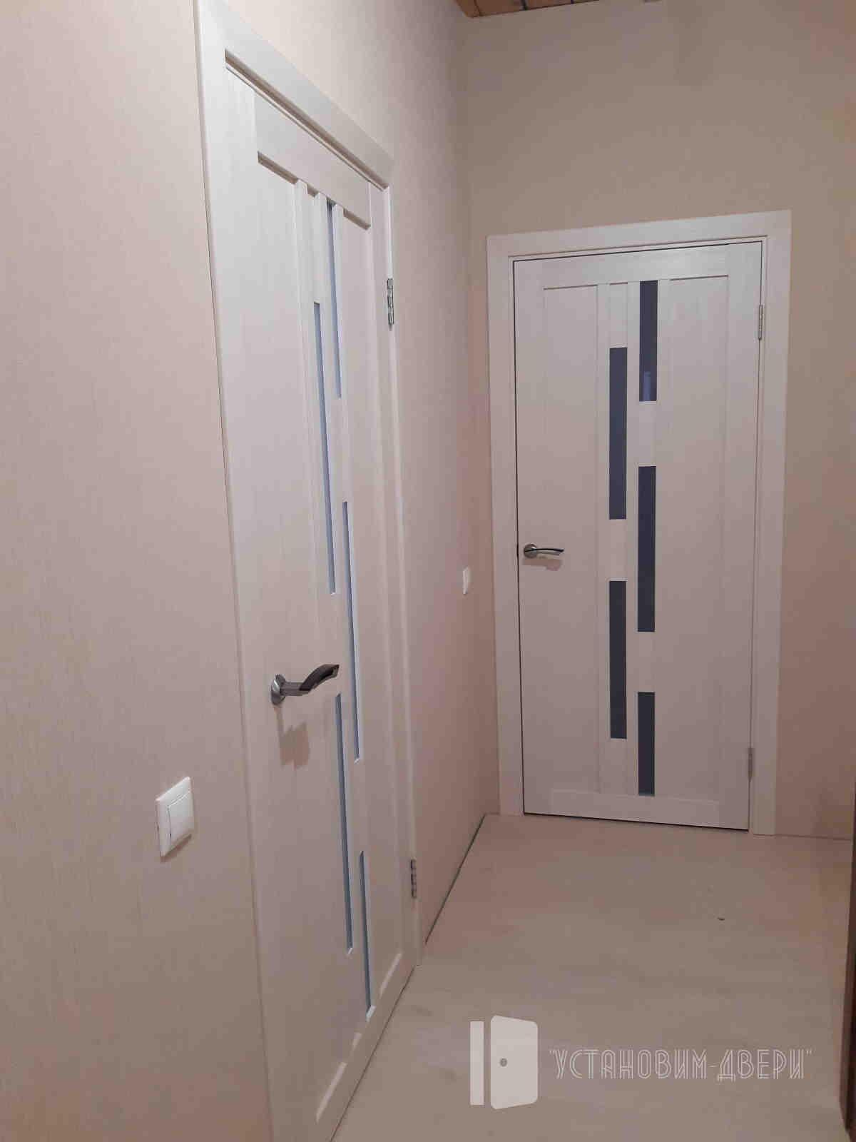 стандартные двери в коридоре